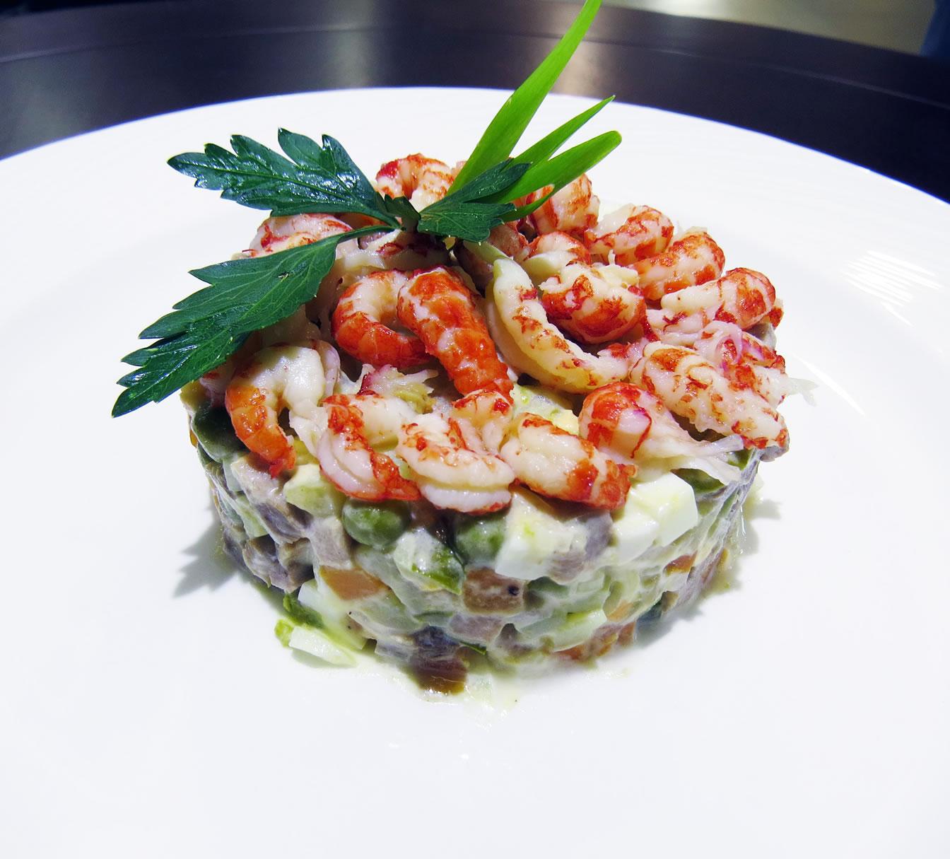 салат Оливье 5 звезд ресторан Аннас Брахма в Оренбурге