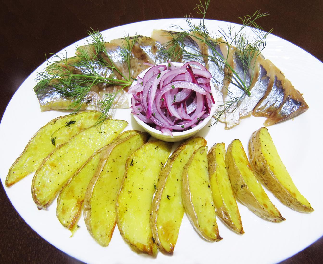 Сельдь с картофелем ресторан Аннам Брахма в Оренбурге