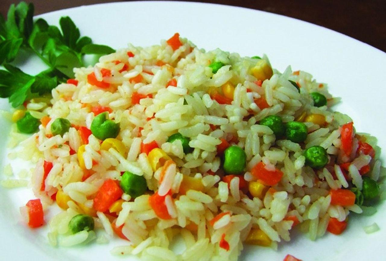 рис отварной с овощами ресторан Аннам Брахма в Оренбурге