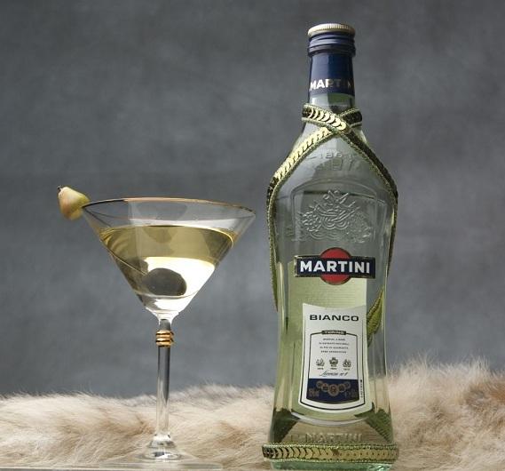 Martini Bianco. Annam Brahma