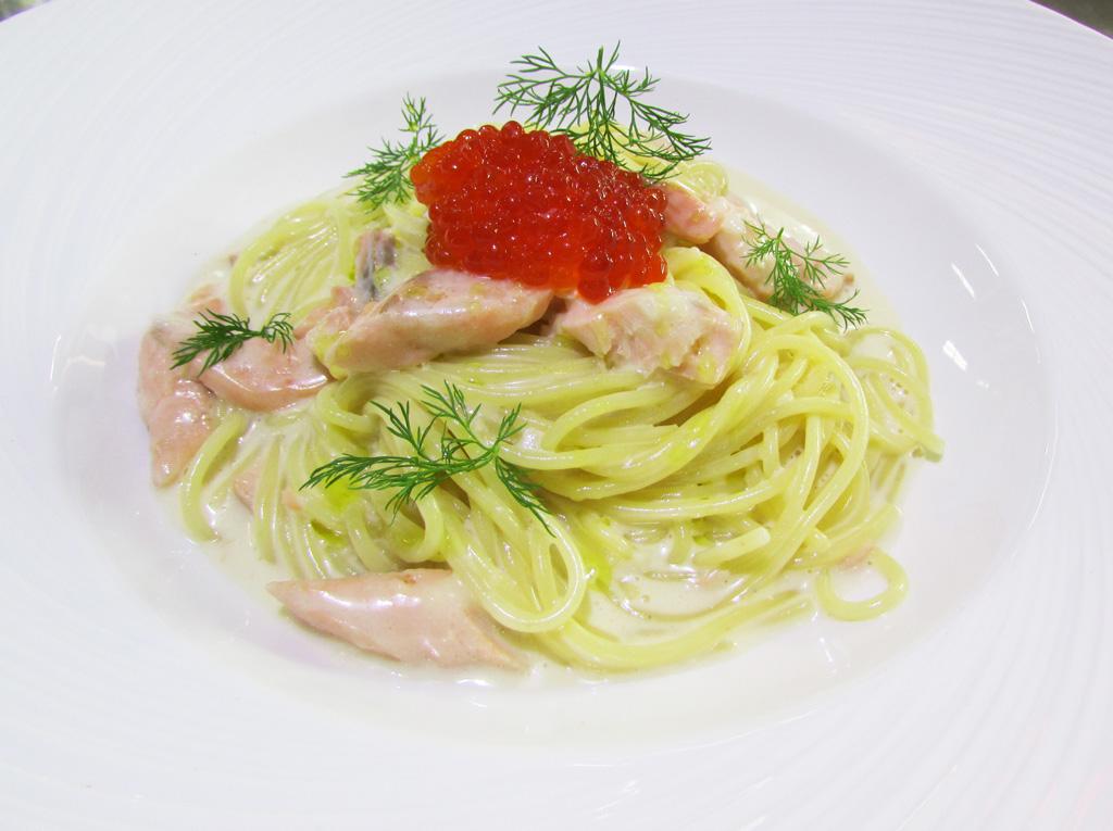 Спагетти-с-лососем-ресторан-Аннам-Брахма-в-Оренбурге