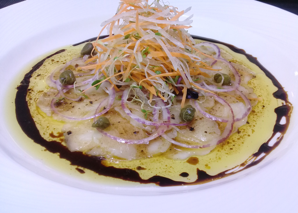 Карпаччо из чилийского сибаса - ресторан Аннам Брахма в Оренбурге