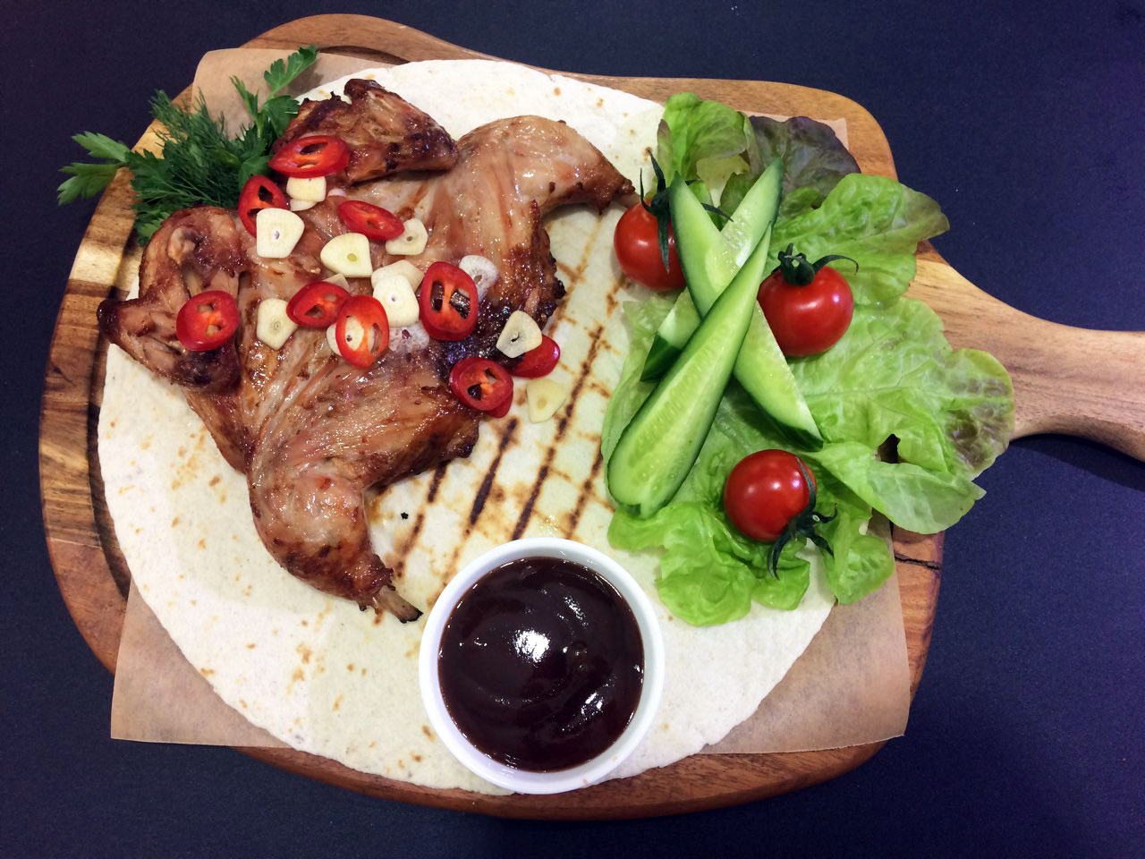 Цыпленок корнишон на гриле - в ресторане Аннам Брахма в Оренбурге