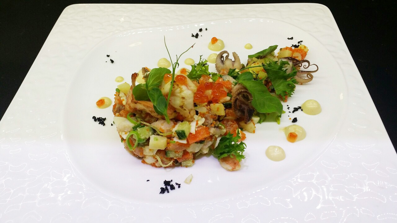Салат средиземноморский Оливье - в ресторане Аннам Брахма в Оренбурге