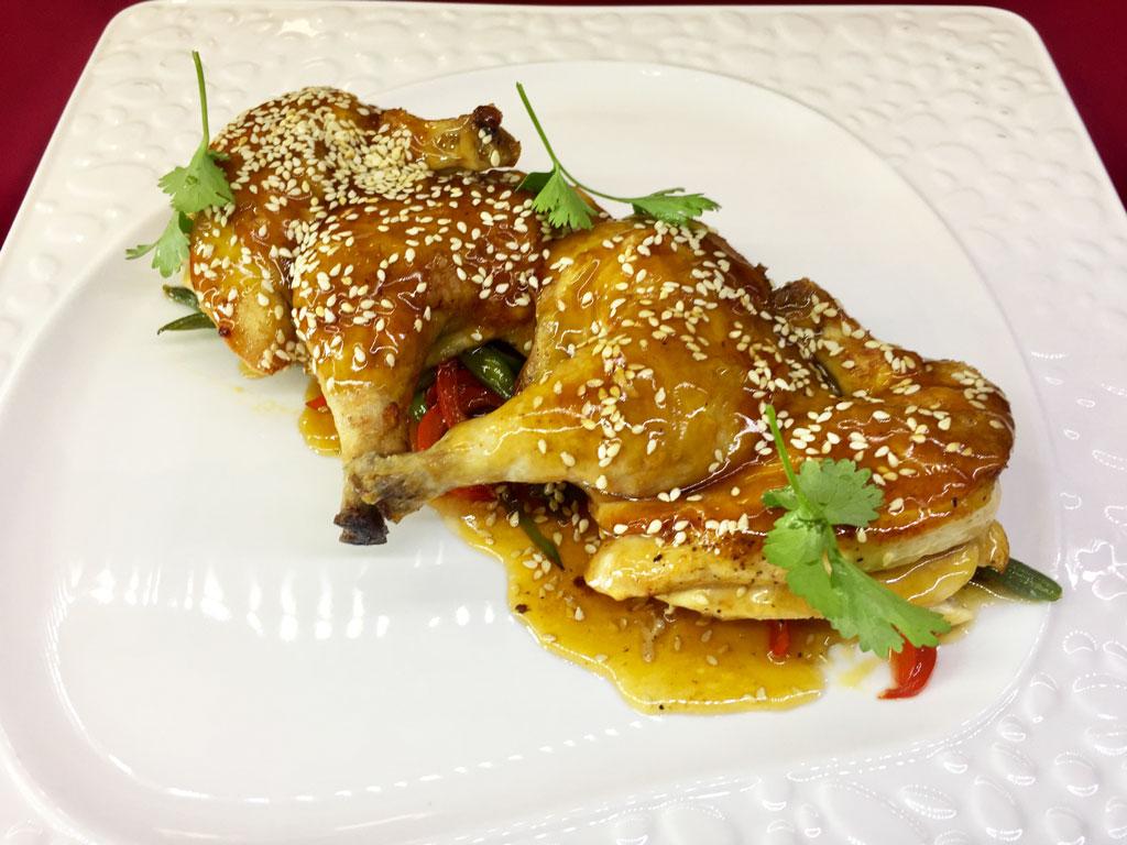Цыплёнок Терияки с овощами - в ресторане Аннам Брахма в Оренбурге