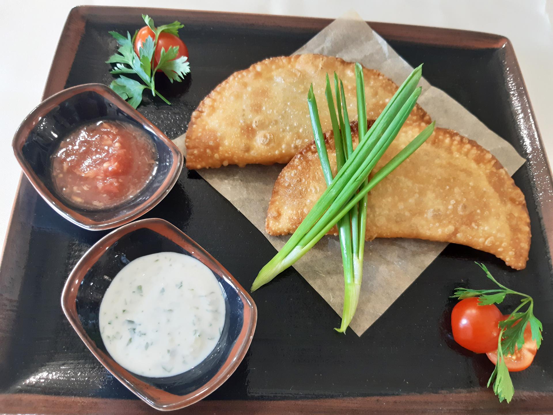 Тринадцатый чебурек в ресторане Аннам Брахма в Оренбурге